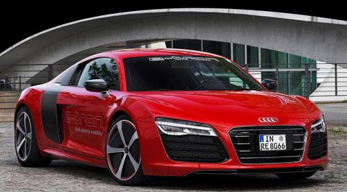 Audi R8 etron (frontal)