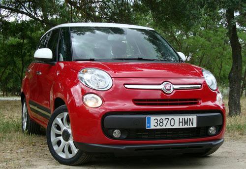 Fiat 500L (frontal)