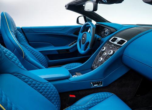Aston Martin Vanquish Volante (interior)