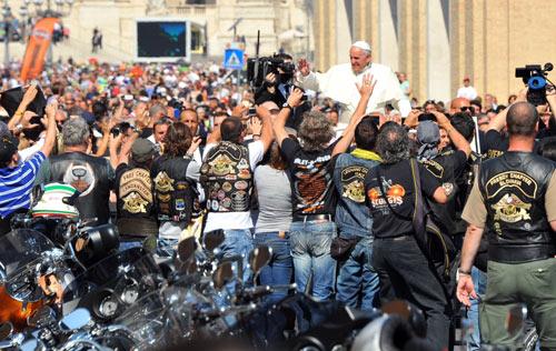 Harley-Davidson Papa Francisco