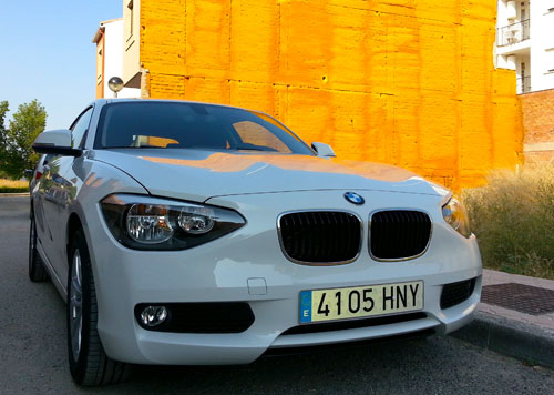 BMW 118d 3p (frontal)