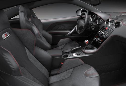 Peugeot RCZ R (interior)