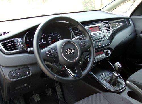 Kia Carens (interior)