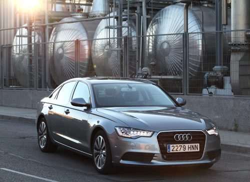 Audi A6 Hybrid (frontal5)
