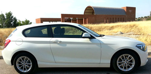BMW 118d 3p (lateral)