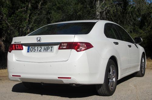 Honda Accord (trasera)