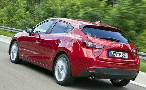 Mazda 3 (trasera)