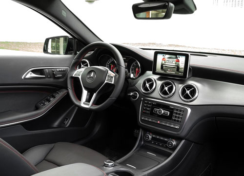 Mercedes-Benz GLA (interior)