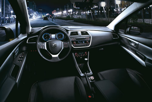 Suzuki SX4 S-Cross (interior)