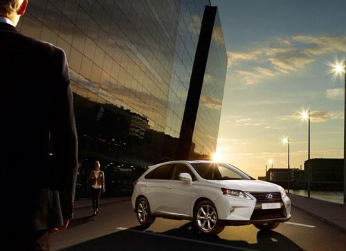 Lexus R 450h