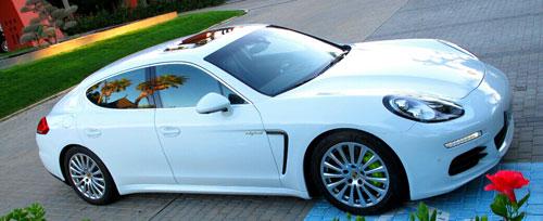 Porsche Panamera Hybrid (frontal)
