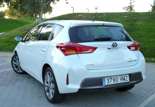 Toyota Auris Hybrid (trasera)