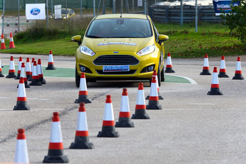 Curso de conducción Ford (1)