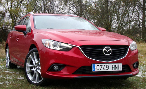 Mazda 6 Wagon (frontal)