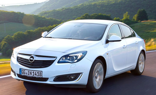 Opel Insignia (frontal)