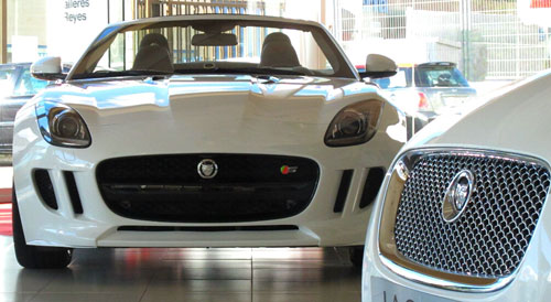 2-Jaguar-F-Type,-T-Reyes-nov-2013