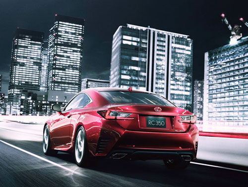 Lexus RC (trasera)