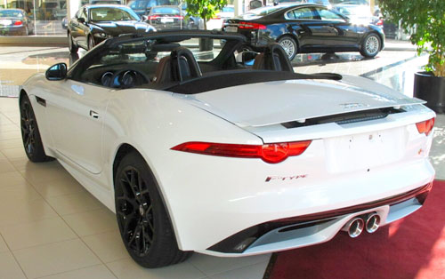 3-Jaguar-F-Type,-T-Reyes-nov-2013