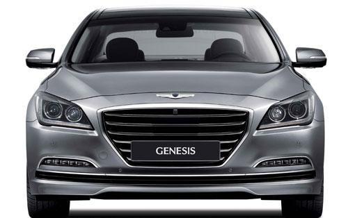 Hyundai Genesis Sedán (frontal)