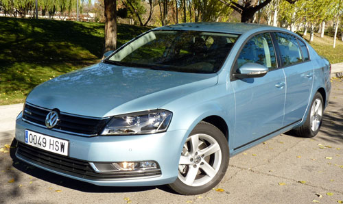 Volkswagen Passat BlueMotion (frontal)
