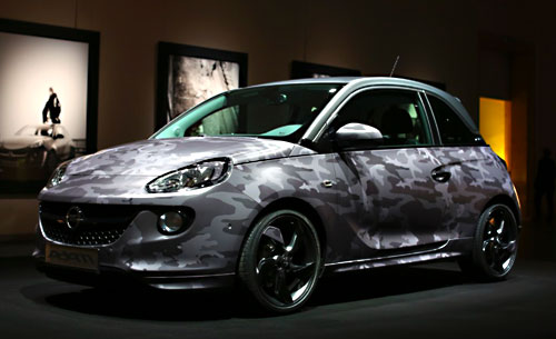 Opel Adam Bryan Adams (frontal)