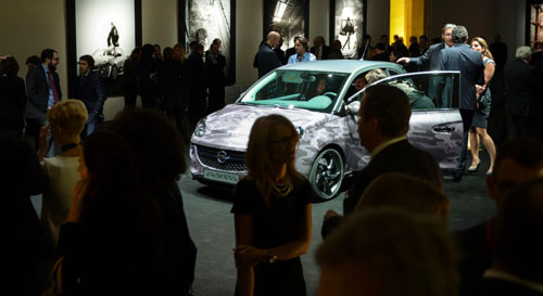 Opel Adam Bryan Adams (ambiente)