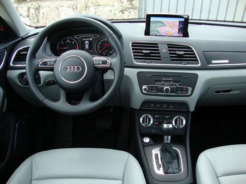 Audi Q3 (interior)