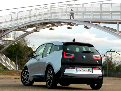 bmw i3 mejor que un coche de gasolina o diesel. Black Bedroom Furniture Sets. Home Design Ideas