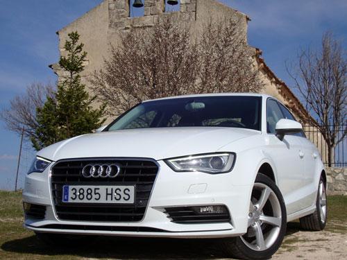 Audi A3 Sedán (frontal)