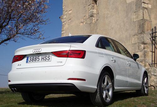 Audi A3 Sedán (trasera)