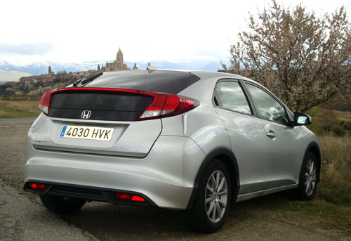 Honda Civic (trasera)