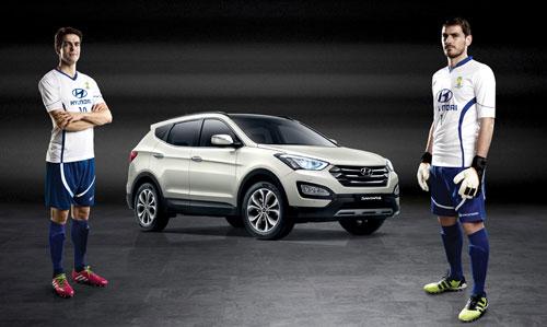 Casillas y Kaká con Hyundai