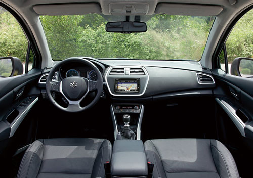 Suzuki S-Cross (interior)