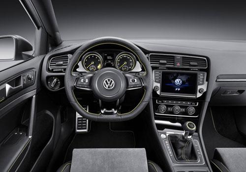 VW Golf R 400 Concept (interior)