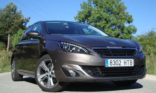 Peugeot 308 (frontal)
