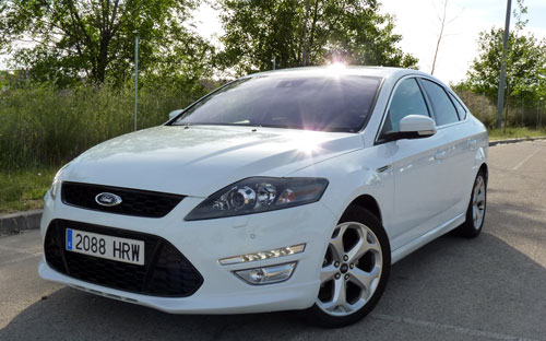 Ford Mondeo (frontal)