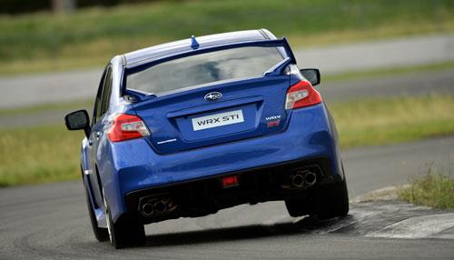 Subaru WRX STI (trasera)