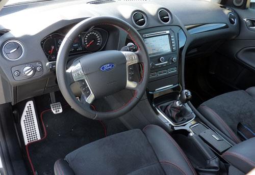Ford Mondeo (interior)