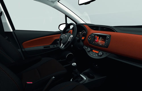 Toyota Yaris (interior)