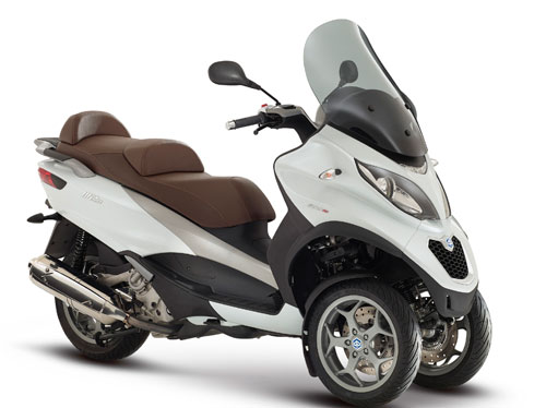Piaggio MP3 (frontal)