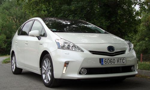 Toyota Prius+ (frontal)