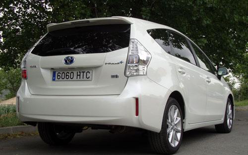 Toyota Prius+ (trasera)
