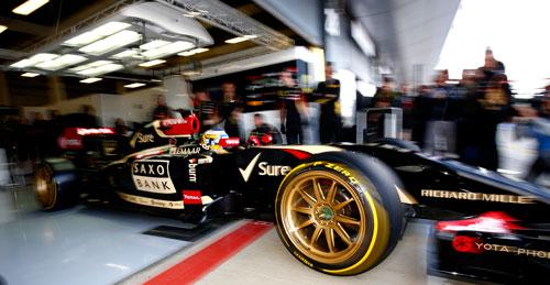 1-Pirelli_Silverstone_1