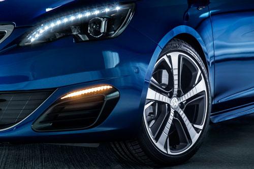 2-Peugeot_2