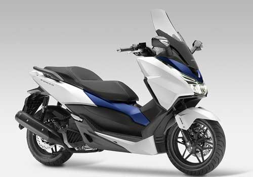 1-Honda_Forza_1