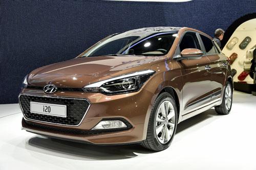 1-Hyundai_i20_1