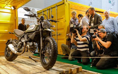 2-Ducati_Paris_2