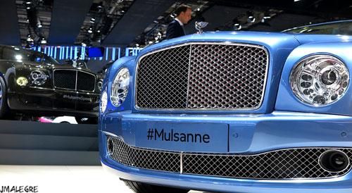 El Grand Convertible lleva el motor V8 de 537 CV del Mulsanne, modelo de la marca inglesa presentado en el reciente Salón de París.