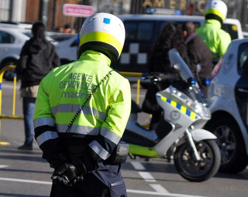 1-Agente-movilidad-Ayuntamiento-Madrid-(2)