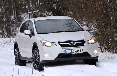 1-Subaru-XV-2014-en-la-nieve